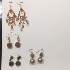 Jewelry - Earring bundle (4 pair)